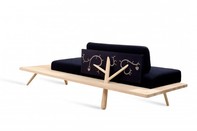 4_Branch_Marked_Sofa
